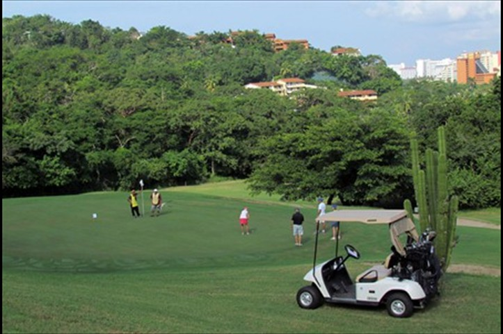 manzanillo_bay_golf